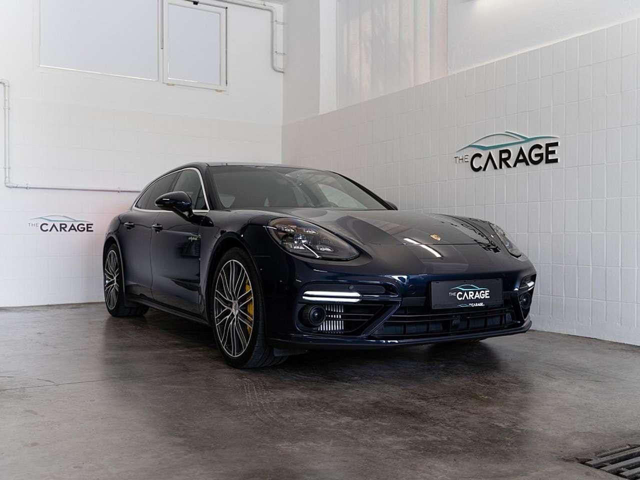 Porsche Taycan 4S *TOP-OPTIK*PANO*ALL BLACK*LEASING*